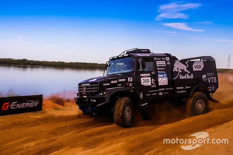 http://cdn-4.motorsport.com/images/amp/01qwdnZ0/s6/ccr-zoloto-kagana-2016-eduard-nikolaev-kamaz-master.jpg