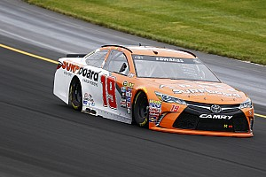 NASCAR Sprint Cup Practice report Carl Edwards tops rain-delayed Cup practice