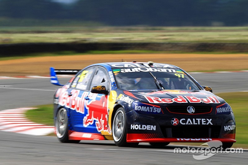 Tasmania V8s: Van Gisbergen notches up Holden's 500th win