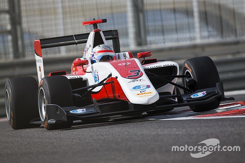 Abu Dhabi GP3: Albon closes points gap to Leclerc with pole