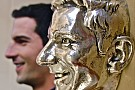 Indy 500 winner Rossi unveils image on Borg-Warner Trophy
