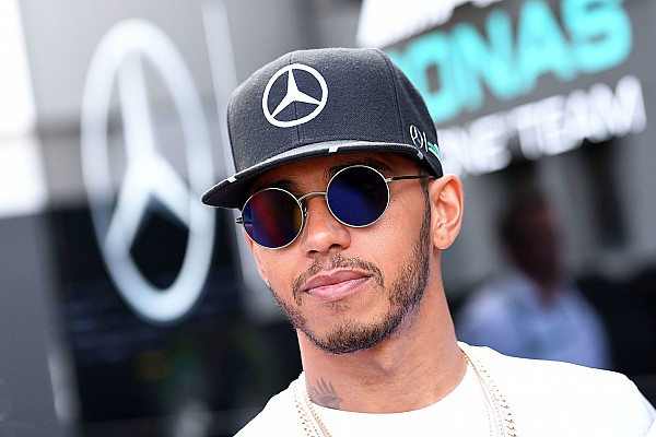 Formula 1 Breaking news Mercedes: Hamilton's Hungary chat with Whiting