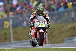 """MotoGP Breaking news Crutchlow: Rivals """"wimps"""" for not taking tyre gamble"""