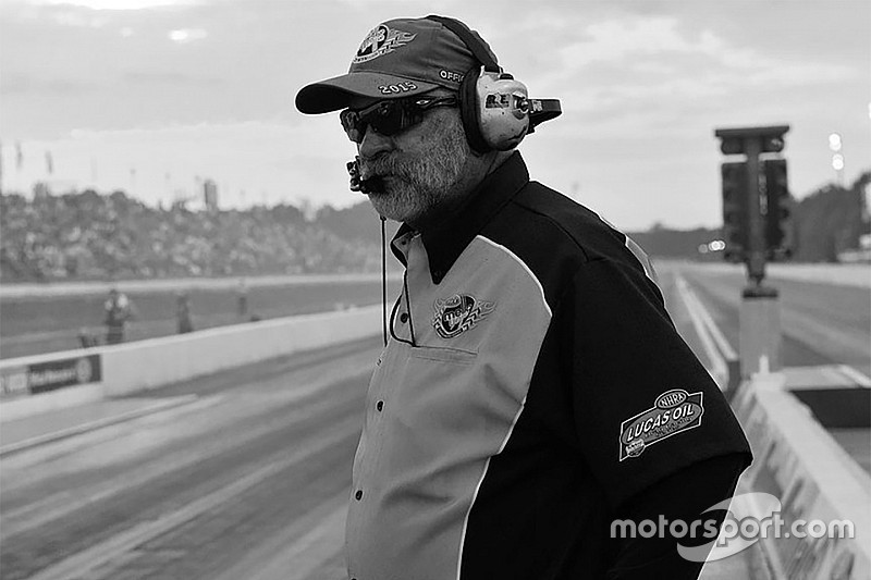 NHRA chief starter Mark Lyle dies while trying to rescue friend