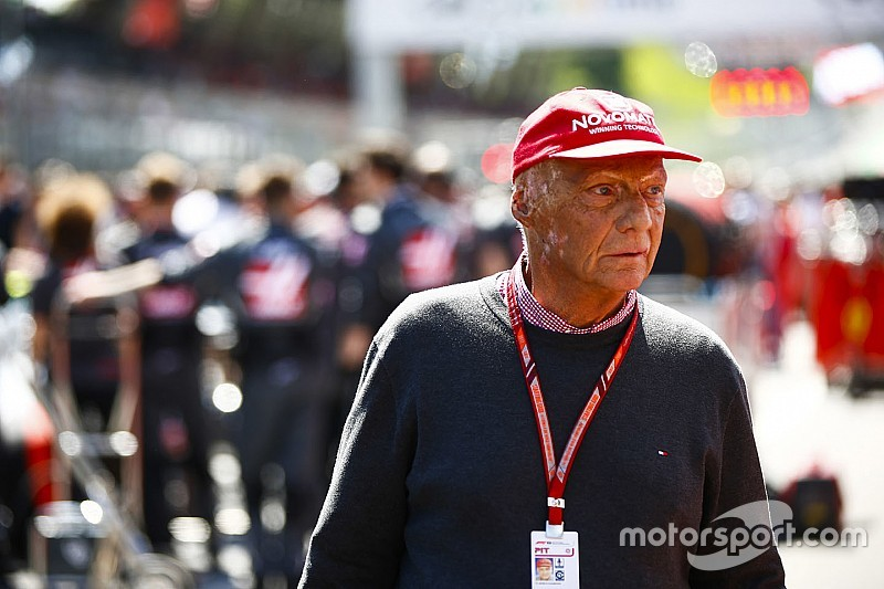 Niki Lauda debió someterse a un trasplante de pulmón