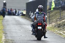 MotoGP 2016 Motogp-japanese-gp-2016-jorge-lorenzo-yamaha-factory-racing-after-his-crash