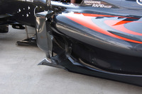 Formula 1 Photos - McLaren MP4-31 sidepods
