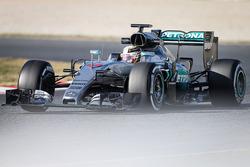 Formula 1 2016 Paint Schemes F1-barcelona-february-testing-2016-lewis-hamilton-mercedes-amg-f1-team-w07