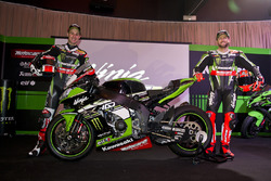 Jonathan Rea, Tom Sykes with the Kawasaki Ninja ZX-10R