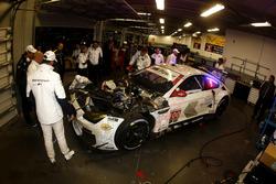 #100 BMW Team RLL BMW M6 GTLM: Lucas Luhr, John Edwards, Kuno Wittmer, Graham Rahal in the garage