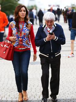 Temporada 2016 F1-russian-gp-2016-bernie-ecclestone-with-his-wife-fabiana-flosi