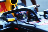 Formula 1 Photos - Daniel Ricciardo, Red Bull Racing RB12 running the Halo cockpit cover