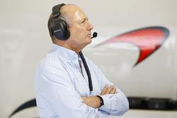 Ron Dennis, McLaren Executive Chairman in the garage