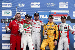 Podium: second place Nicky Catsburg, LADA Sport Rosneft, Lada Vesta; Winner José María López, Citroën World Touring Car Team, Citroën C-Elysée WTCC; Tiago Monteiro, Honda Racing Team JAS, Honda Civic WTCC;  Mehdi Bennani, Sébastien Loeb Racing, Citroën C-Elysée WTCC