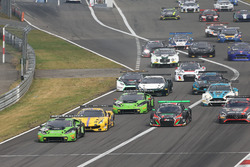 Start action, #19 GRT Grasser Racing Team, Lamborghini Huracan GT3: Michele Beretta, Andrea Piccini, Luca Stolz leads