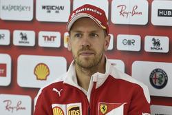 Temporada 2016 F1-british-gp-2016-sebastian-vettel-ferrari