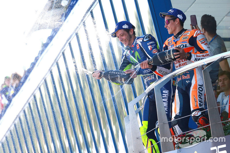 Podium: winner Valentino Rossi, Yamaha Factory Racing, third place Marc Marquez, Repsol Honda Team