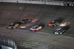 Matt Kenseth, Joe Gibbs Racing Toyota, Kurt Busch, Stewart-Haas Racing Chevrolet, Martin Truex Jr., Furniture Row Racing Toyota sending sparks
