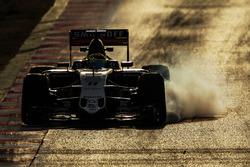 Sergio Perez, Sahara Force India F1 VJM09 locks up under braking