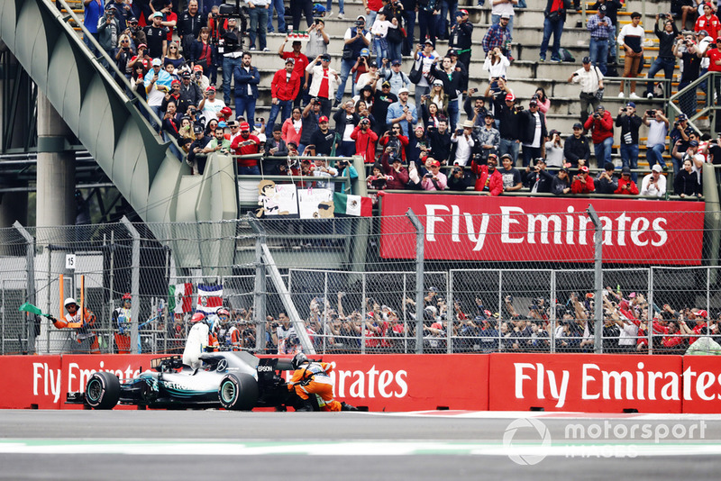Doublé pour Red Bull en qualifications, Vandoorne 17e — GP Mexique