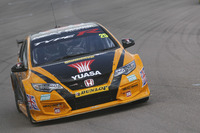 BTCC Photos - Matt Neal, Halfords Yuasa Racing