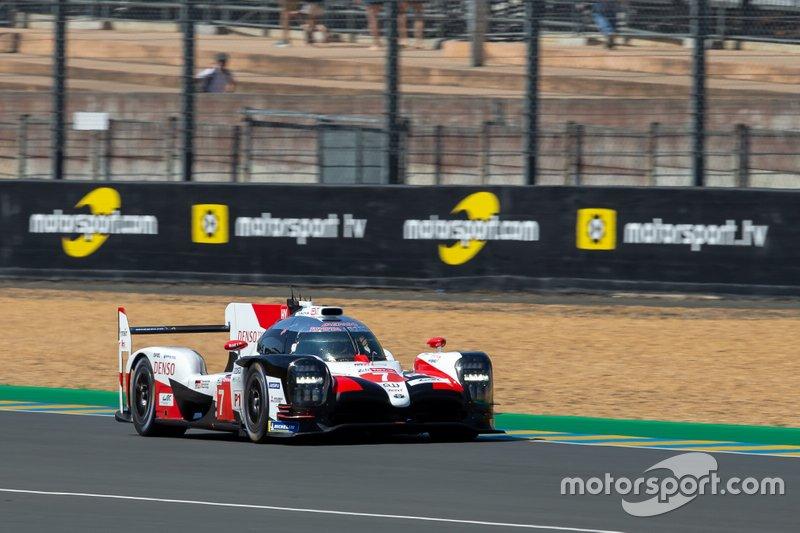 Heures du Mans: les Toyota prennent les devants dès le départ