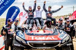 Winner #104 Peugeot: Cyril Despres, David Castera