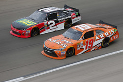 Austin Dillon, Richard Childress Racing Chevrolet, Daniel Suarez, Joe Gibbs Racing Toyota