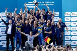 Nicolas Prost, Renault e.Dams; Sebastien Buemi, Renault e.Dams and the Renault eDams team celebrate on the podium