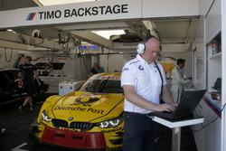Engineer of Timo Glock, BMW Team RMG, BMW M4 DTM