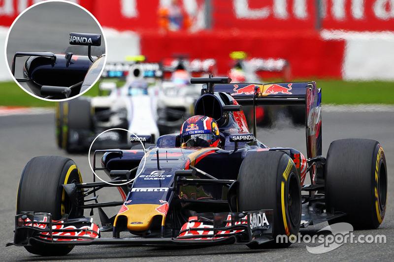 Carlos Sainz Jr., Scuderia Toro Rosso STR11 sidepods detail