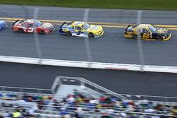 Brendan Gaughan, Richard Childress Racing Chevrolet; Kasey Kahne, JR Motorsports Chevrolet; Ty Dillon, Richard Childress Racing Chevrolet