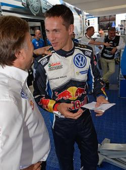 Jost Capito, Volkswagen Motorsport Director with Julien Ingrassia, Volkswagen Motorsport