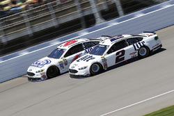 Brad Keselowski, Team Penske Ford, Trevor Bayne, Roush Fenway Racing Ford