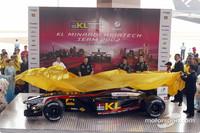 Minardi presents the PS02 Formula One challenger
