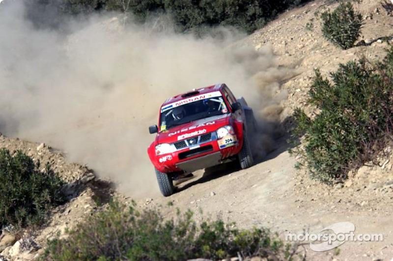 Dakar: Nissan stage four report