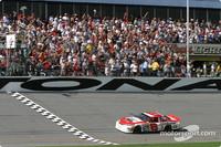Earnhardt wins first 125 race
