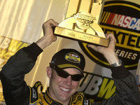 Kenseth maintains championship form