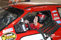 Earnhardt Jr sails to victory at Richmond