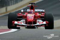 Barrichello takes home pole for Brazilian GP