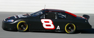 Earnhardt Jr looking forward to 2006