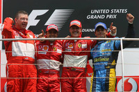 Schumacher wins US GP in Ferrari one-two