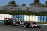 Hamilton takes over at Jerez test