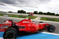 Raikkonen ends Paul Ricard test on top