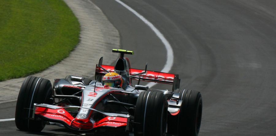 Hamilton secures pole position for US GP