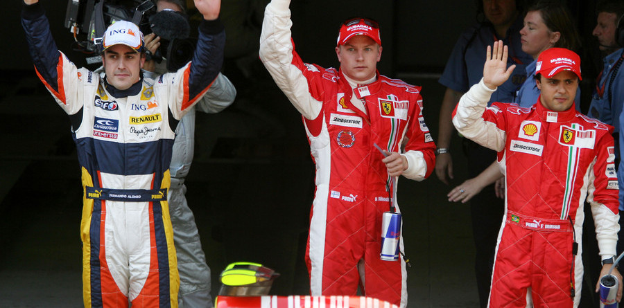 Raikkonen rips Spanish pole from Alonso's grasp