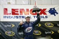 Kurt Busch grabs rain-ending Loudon victory