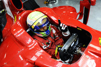 Massa ends Bahrain test with fastest time