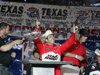 Team Penske notches 1-2 finish in Texas