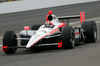 Castroneves claims his fourth Indy 500 pole